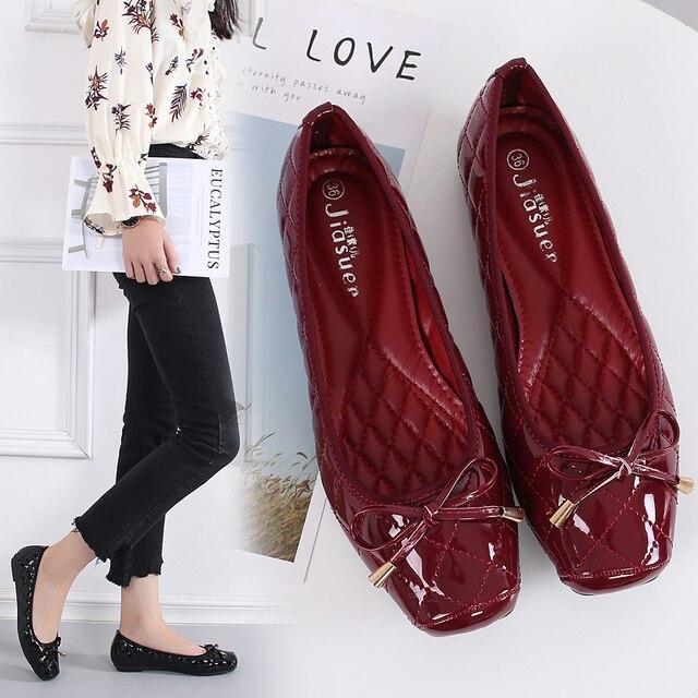 Yeni varış Patent deri düz kadın bale daireler ayakkabı kadın artı boyutu 41 siyah kare ayak papyon konfor ayakkabı siyah bayan için