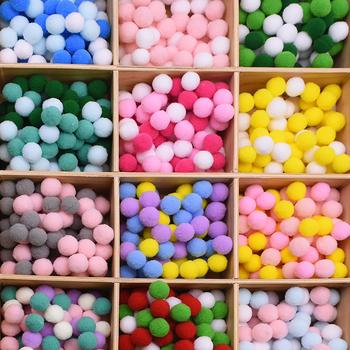 100 sztuk 15 20 25mm puszyste miękkie piłka pomponowa DIY Handmade zabawka dla dzieci lalki szycie ubrań materiał kolor pompony dekory rzemiosło tanie i dobre opinie CN (pochodzenie) Tak ( 50 sztuk) a30zy638