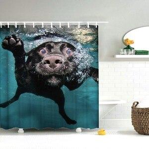 Dafield popular engraçado adorável cão labrador natação na água poliéster impermeável natação cão cortina de chuveiro
