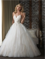 2019 Ball Gowns Tulle Wedding Dresses With Spaghetti Straps Beaded Waist Lace Top Champagne Lining Country Western Bridal Gown