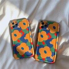 цена Retro Blue Yellow flowers Phone Case For iphone 11 Pro Max 7 8 plus X XR XS Max Fashion Floral Soft Silicone Back Cover онлайн в 2017 году