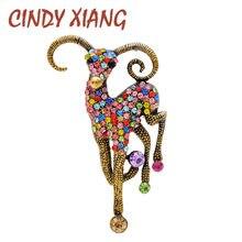 CINDY XIANG-broches de cabra para hombre y mujer, 2 colores a elegir, con diamantes de imitación, Pin de Animal Unisex, joyería Vintage, buen regalo