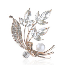 New fashion flower pin popular pearl leaves brooches high-grade corsage  female clothing accessories