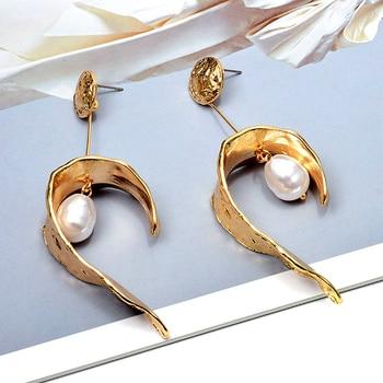 Hang Pearl Gold Metal Long Drop Earrings  3