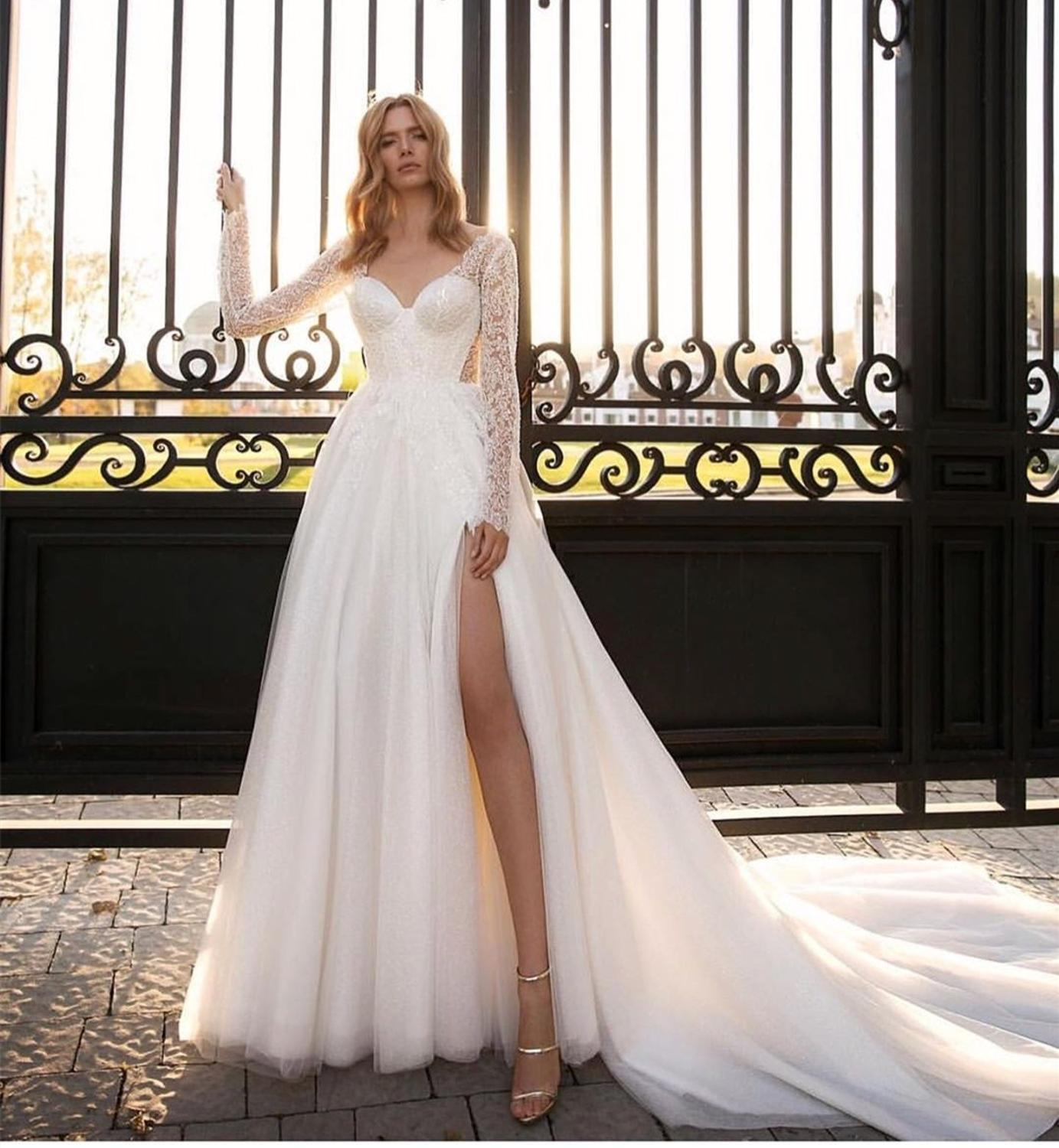 2020 Wedding Dress Long Sleeve Bridal Gowns Side Slit Floor Length Tulle With Long Train Sexy Lace Vestido De Noiva De Manga