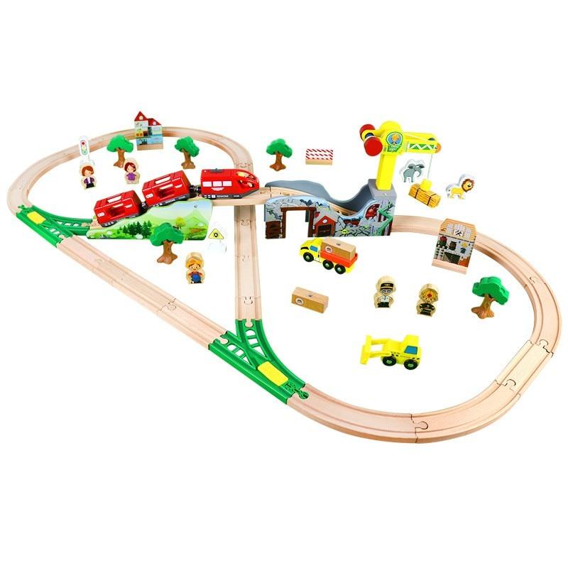 70PCS Train Set Multifunctional Bridge Electric Train Toy Beech Wooden Railway Track