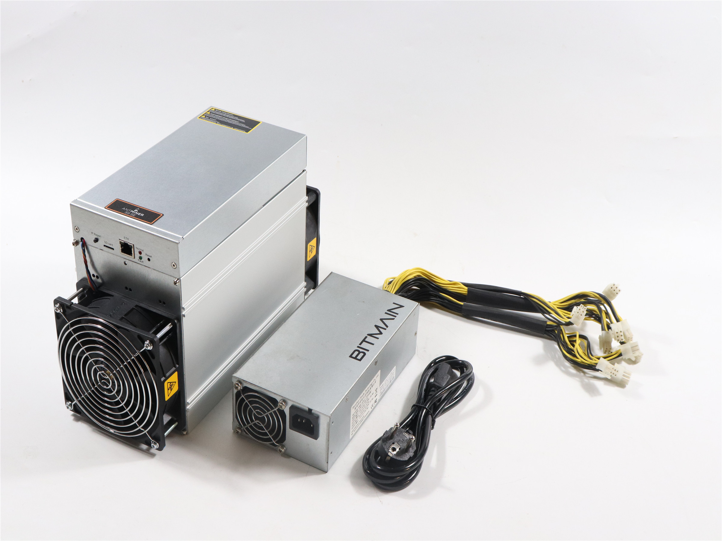 BITMAIN used AntMiner S9 SE 16TH/S With PSU Bitcoin BTC BCH Miner Better Than Antminer S9 13.5t 14t S9k S11 S15 S17 T9+ T15 T17 5