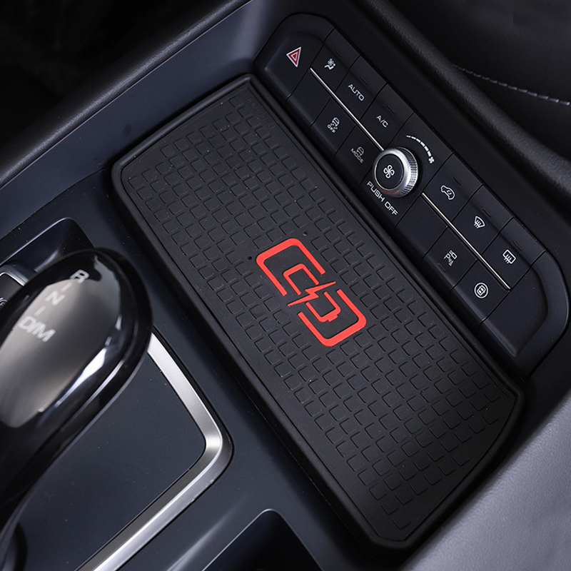 For Haval F7 2018 2019 2020 10W Car QI Wireless Charging Phone Charger Charging Plate Phone Holder Accessories For IPhone 8