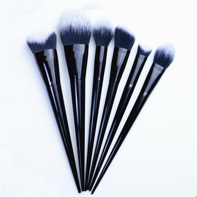 Makeup Brushes Big Powder Bronzer High gloss Foundation Blusher Concealer Shadow Highlighter Sculpting Light Dark Smoky Liner 1