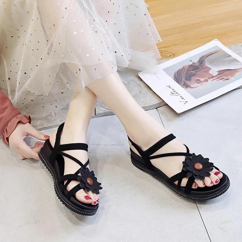Summer Sports Sandals 2019 New Korean Wild Female Roman Students Flat Bottom