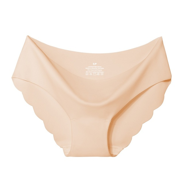 Seamless Panty Set With Scalloped Edge 5