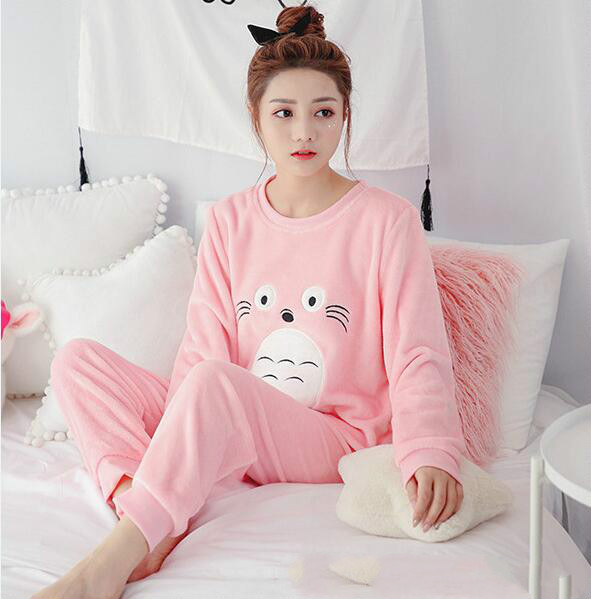 New Hot Pajama Women High Quality Soft Thicken Flannel Female Warm Winter Pajama Set Long Sleeve Trousers Homewear Two Piece