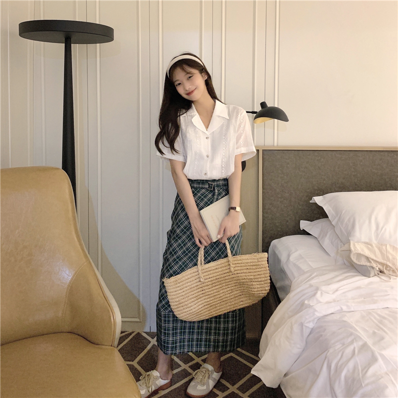Hcf631a34c67540f2ac4e816d48d4b496x - Summer Notched Collar Short Sleeves Embroidery Solid Buttons Blouse