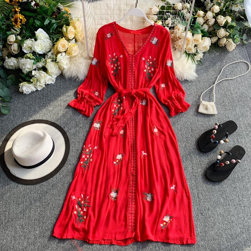 2019 New Fashion Women's Dresses Ethnic Style Holiday Red Seaside Holiday Tourism Bohemian Embroidered Beach Dress