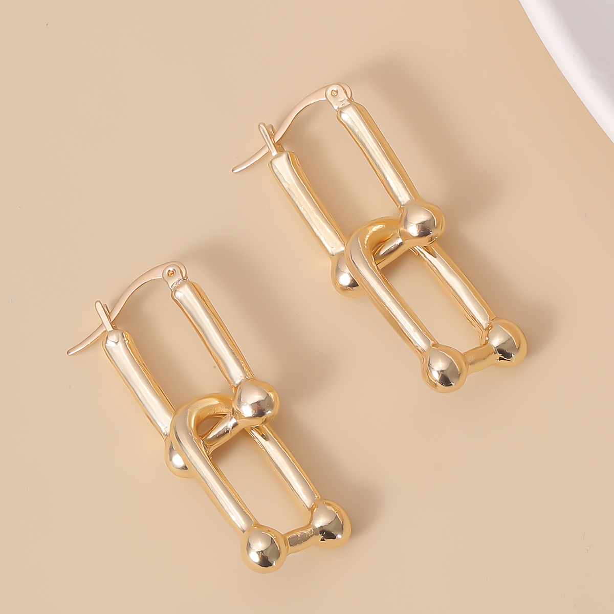 Punk Thick Link U Shape Drop Dangle Earrings Retro Geometric Hollow Square Long Hanging Earrings for Women Jewelry