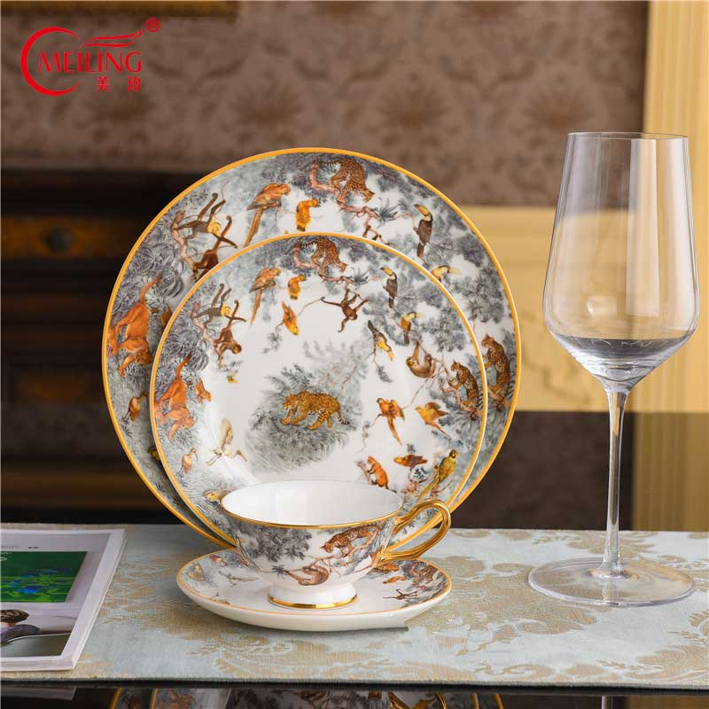 Luxus Porzellan Äquatorialen Dschungel Platte Keramik Tier Gerichte Sammeln Geschirr Tiger Tasse Kuchen Stehen Fach Europa Wohnkultur