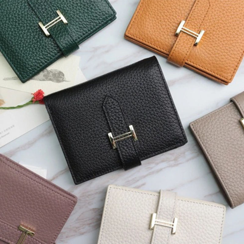 Customized Letters Genuine Leather Purse Cute Pebbled Bifold Wallet Coin New Fashion Ladies Card Holder Luxury Short Card Wallet