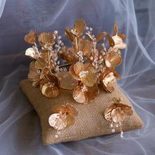 Barokowa złota kwiat ślubne tiary stroiki korony ślubne Hairbands ślubne akcesoria do włosów Prom biżuteria do włosów tanie tanio Bavoen Ze stopu cynku Kobiety asw6445 PLANT TRENDY Barrettes Hairwear Moda Crystal like the photo 13 cm 9 cm Rhinestone Crystal Alloy