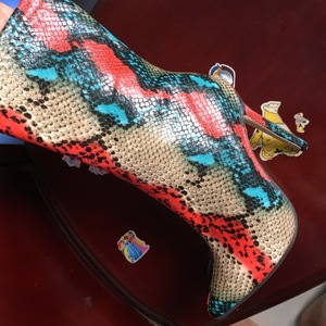 Image 5 - 2020 חדש נשים 11.5cm גבוהה עקבים מגפי פטיש מחודד הבוהן מגפי מתפתל Zip קרסול מגפי לנשף סתיו נחש הדפסה חשפנית נעל