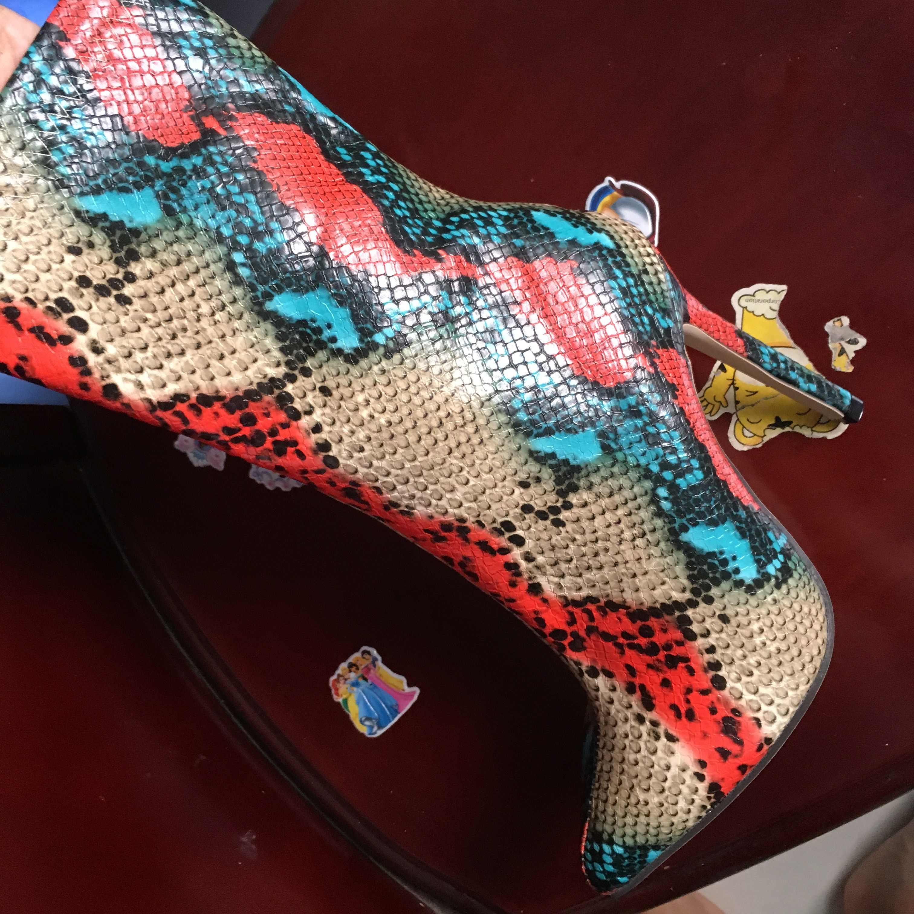 2021 Nieuwe Vrouwen 11.5Cm Hoge Hakken Laarzen Fetish Wees Teen Laarzen Serpentine Zip Enkellaarsjes Prom Herfst Snake Print stripper Schoen