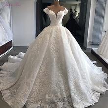 ג וליה Kui מתוקה מחשוף יוקרה כדור שמלת חתונת שמלה עם עדין אפליקציות מכתף