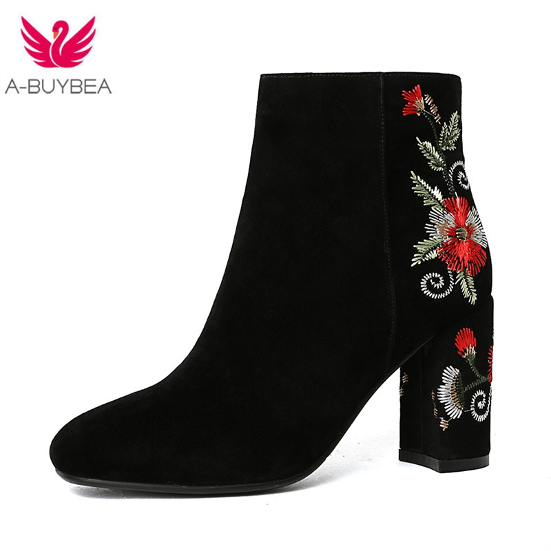 Sheep Suede Boots Women Embroidered High Ankle Shoes Boots Black Flock Round Toe Zipper Red White Flower Shoes Ladies Short Boot