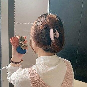 New Cute Candy Colors Banana Shape Hair Claws Women Girls Sweet Hair Clips Ponytail Holder Hairpins Fashion Hair Accessories 2