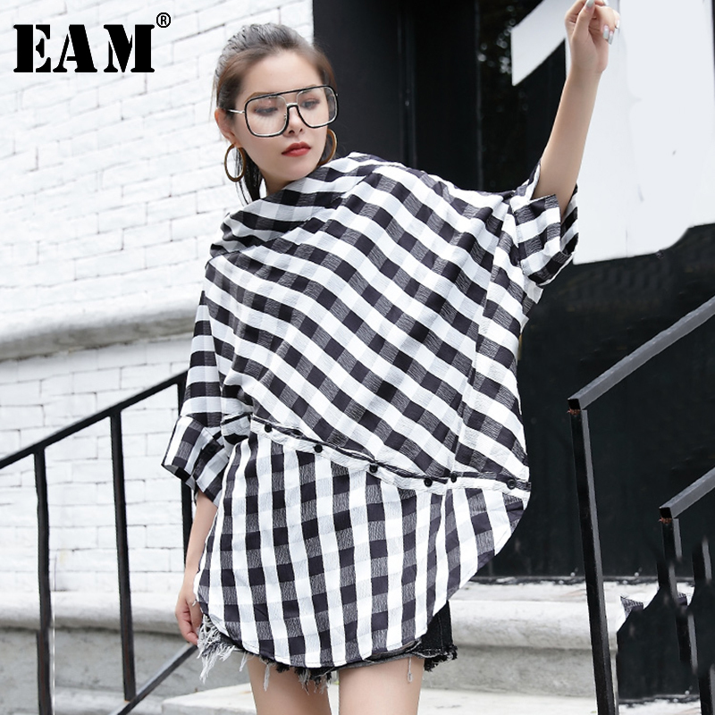 [EAM] Women Black Plaid Big Size Blouse New Slash Neck Three-quarter Sleeve Loose Fit Shirt Fashion Spring Autumn 2020 JG280
