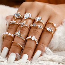 Vintage Gold Crystal Stone Rings Set Crown Ring For Women Metal Charm Finger Ring Bohemian Wedding Fashion Jewelry Party Gifts re bohemian 8pcs sets vintage gold color rings metal charm fashion rings women jewelry ring set party weeding gifts accessories