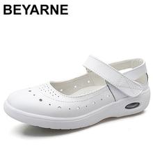 BEYARNEWomen حذاء مسطح امرأة حذاء كاجوال لينة مريحة المرأة الانزلاق على ممرضة المتسكعون الأبيض تنفس الشقق zapatillas mujer