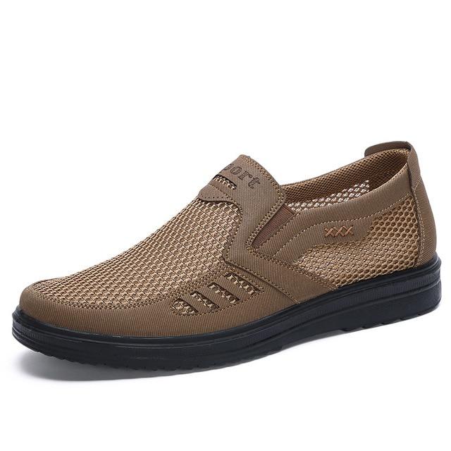 新メンズカジュアルシューズ、男性夏スタイルメッシュフラット男性カジュアルハイエンド靴は非常に快適お父さんの靴