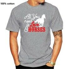 Tudo que você precisa é amor e cavalos das mulheres rolo manguito camiseta cavalo cavalo cavalo barril r design engraçado camiseta