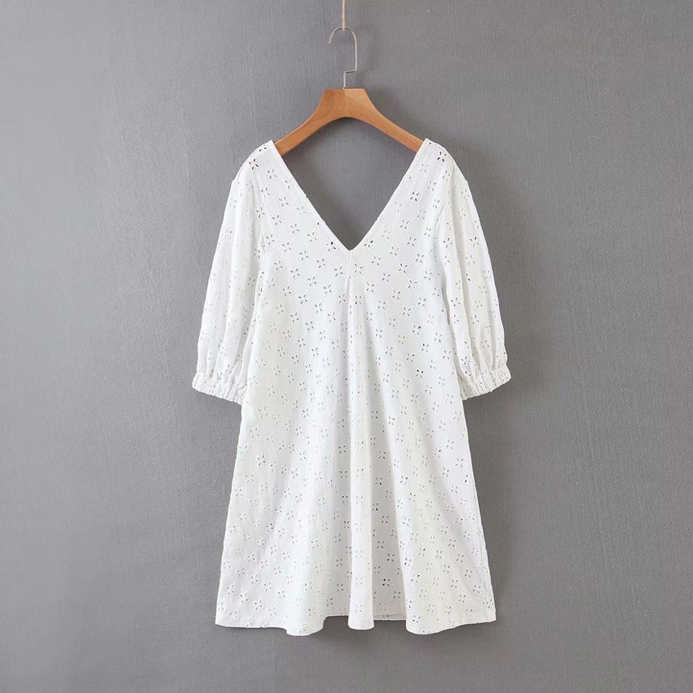 2020 Women Elegant V NECK Hollow Out Embroidery White Mini Dress Femme Leisure Back V Straight Vestidos Casual Dresses DS3509