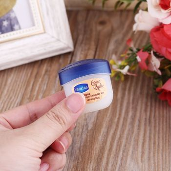 Pure petroleum jelly skin protectant moisturizer vaseline cream for body face