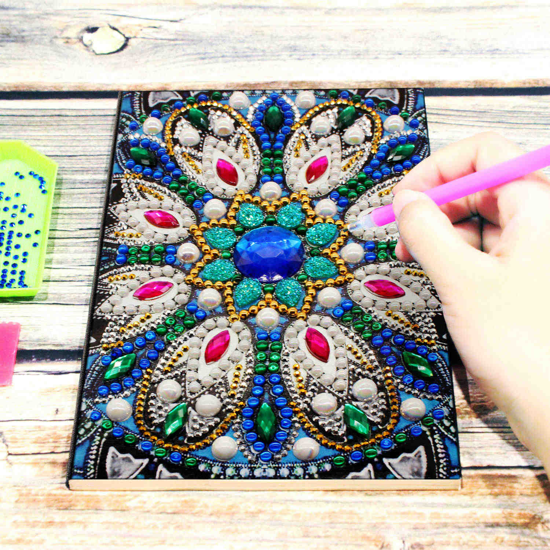 AZQSD diamante pintura mosaico cuaderno especial flor en forma de diseños de mandala A5 libro diario bordado regalo DIY
