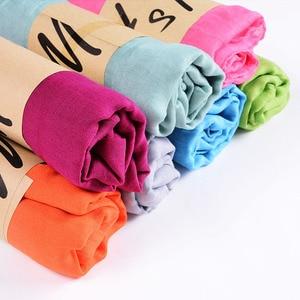 Image 3 - נשים מוצק צבע כותנה צעיף רך פשתן צעיף וכורכת סוכריות בצבע נשי צעיף מוסלמי ראש צעיפי חיג אב גלימות