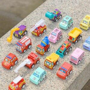 Image 4 - Samochody wyścigowe zestaw samochód wyścigowy ciężarówka pojazd Mini mały samochód z napędem Pull Back zabawki zabawka świąteczna pudełko dla chłopców prezent na boże narodzenie 6 sztuk маленькие машинки