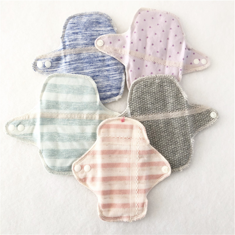 2pcs Reusable Sanitary Menstrual Mama Pad Reusable Soft Cotton Cloth Towel Pads Feminine Hygiene Panty Liner Diaper Panty Pads