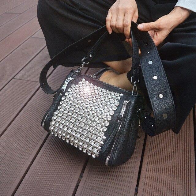 ブロードバンド女性のバッグ 2020 新ダイヤモンドハンドバッグ女性メッセンジャーバッグパッケージバッグとドリルワイドストラップショルダーミニラインストーン