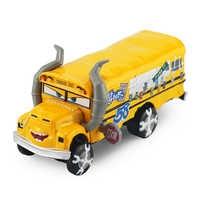 Disney Pixar Cars 3-colección de coches de gran tamaño, colección de lujo, modelo Miss Fritter de aleación de Metal, juguete para regalo para niños