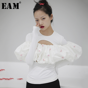 [EAM] Women White Pleated Hollow Out Sequins Split T-shirt New Round Neck Long Sleeve  Fashion Tide  Spring Summer 2020 1S723