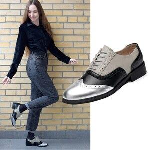 Image 1 - Femmes appartements En Cuir Oxford Chaussures Pour Femmes Grand Femme Taille 11 Designer Vintage plat Chaussures Bout Rond À La Main Blanc Creepers