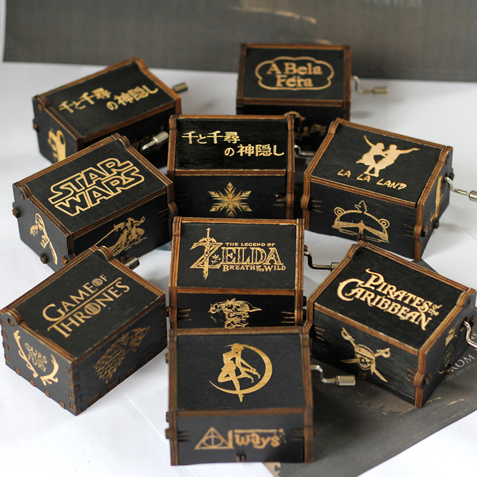 Hot Sale Wholesale Wooden Hand Crank Music Box Game Of Thrones Pirates Of The Carib Star Wars Castle Inthe Sky Christmas Gift