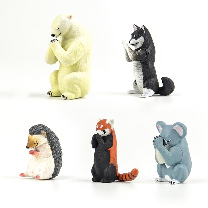Genuine Gashapon Capsule Toy Cut Polar Bear Koala Red Panda Black Shiba Inu Hedgehog Animals Gassho For Pray P3 Figure