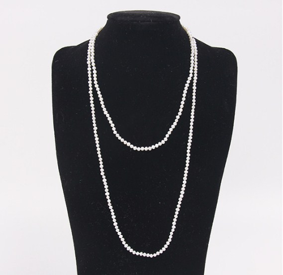 2019 new classic  pearl long necklace sweater high quality for women