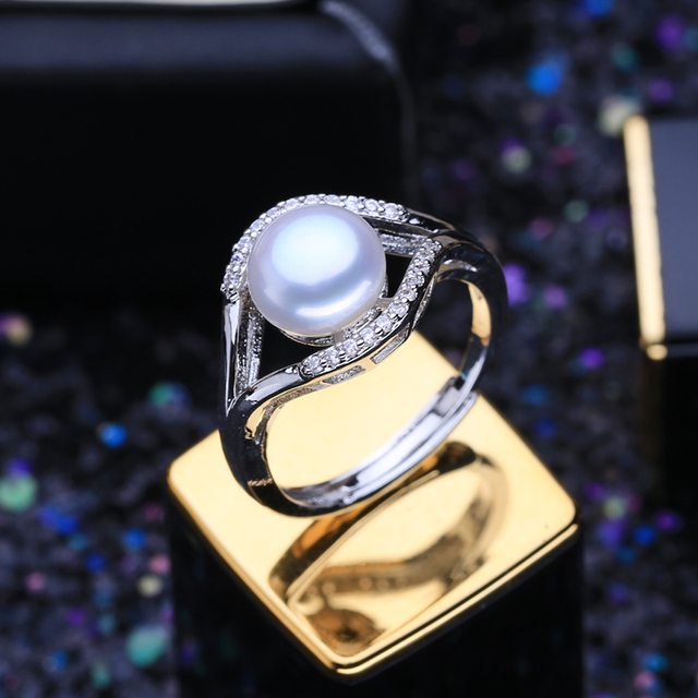 Women's Natural Freshwater Pearl Adjustable Ring