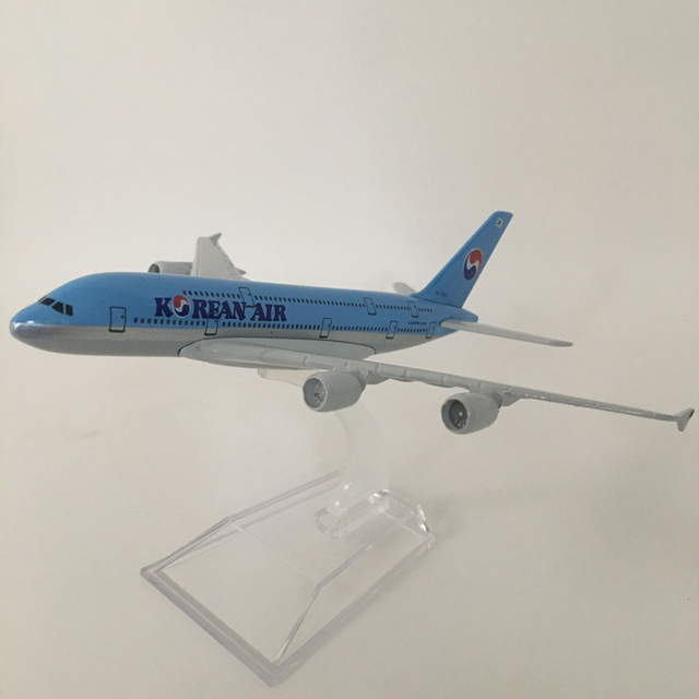 16cm Alloy Metal Airplane Model Korean Air A380 Airlines Aircraft Airbus 380 Airways Plane Model W Stand Gift free shipping 1