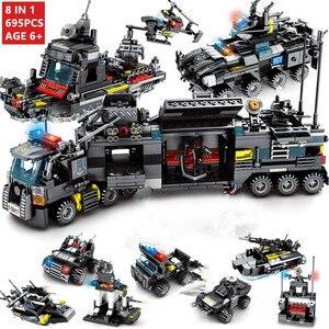 Image 1 - 8 יח\סט 695PCS עיר משטרת תחנת רכב אבני בניין עיר SWAT צוות משאית בלוקים פלסטיק טכני DIY לבני הרכבה ילדי מתנה