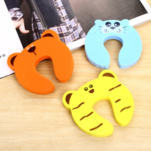1 Pc Safety Security Door Stopper Baby Card Lock Newborn Care Child Finger Protector Infant Cute Animal Corner Guards 4