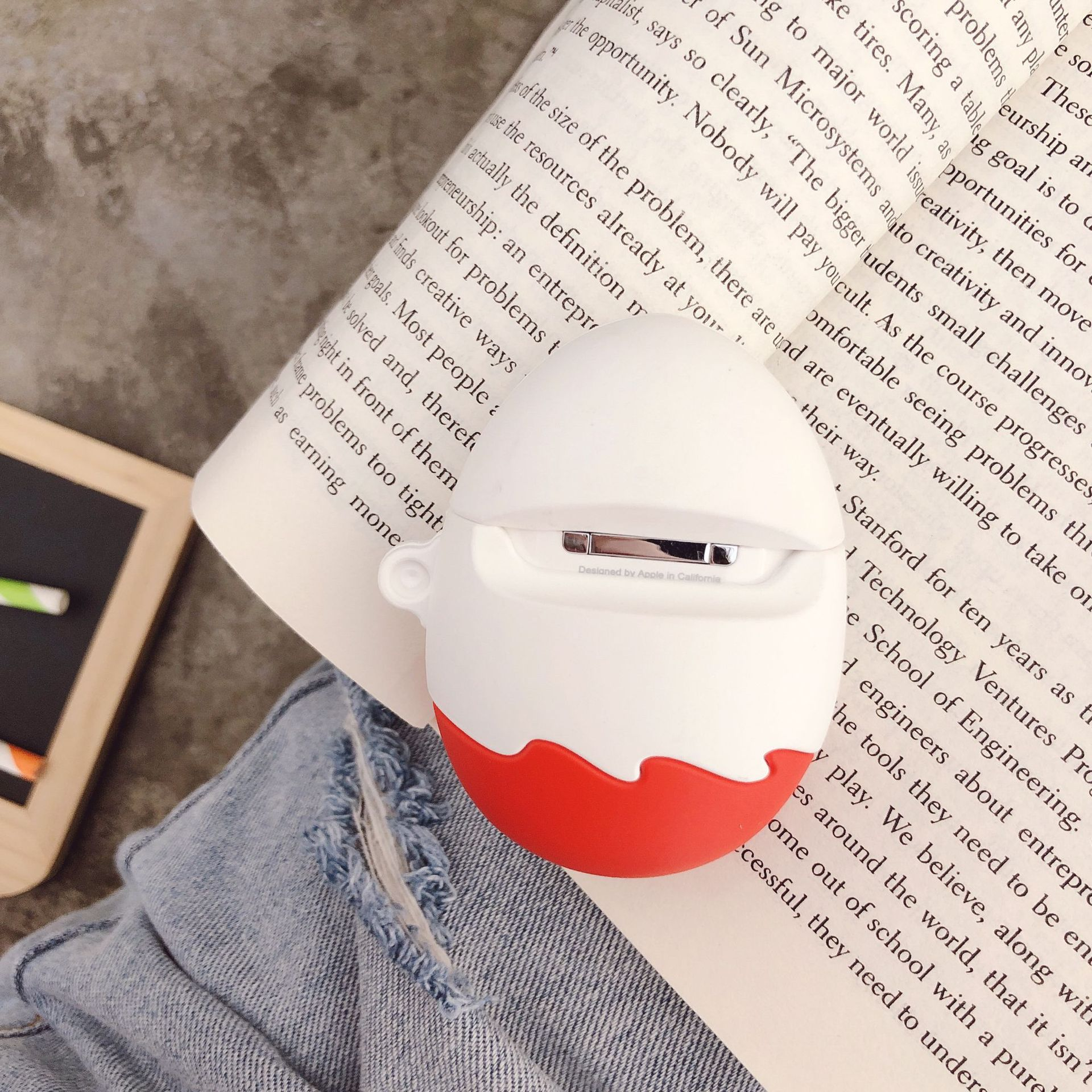 Cute Kinder Fun Eggs Wireless Bluetooth Earphone Case For Airpods